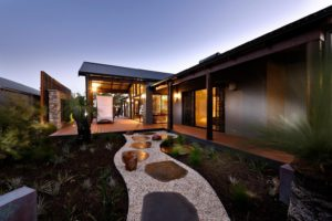 Rural Building Co - Home with landscaped garden